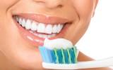 Mokomės taisyklingai valytis dantis